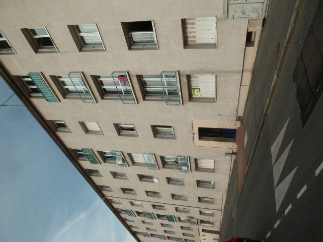 APPARTEMENT CENTRE DE CHARLEVILLE ( BOSSE D\