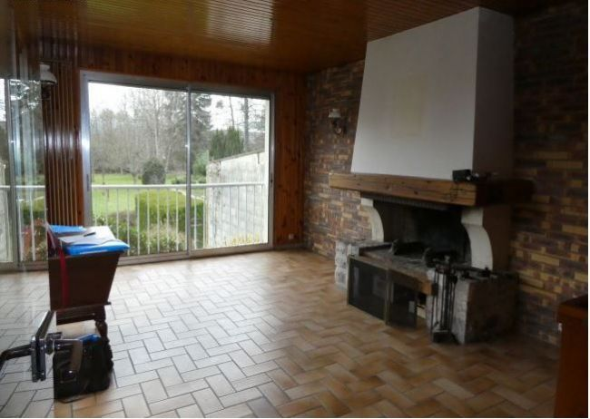 Maison de 106 m2 SH sur 940 m2de terrain à Charleville proche de Villers Semeuse