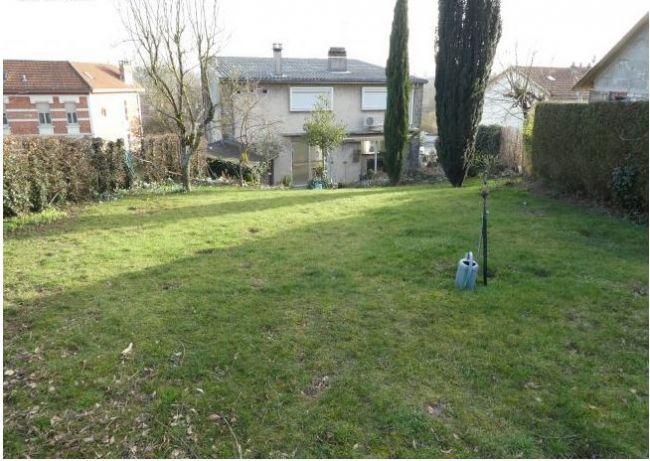 Maison de 128 m2 SH sur sous sol avec jardin et 2 garages au THEUX