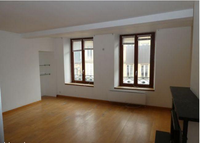 LOT de 3 appartements et 2 Studios en Hyper Centre Ville