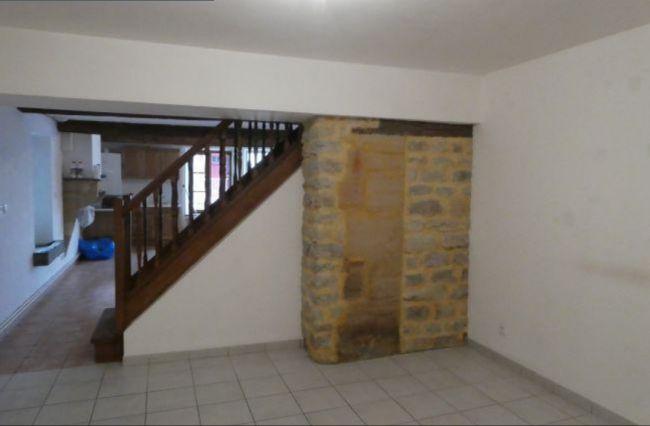 Maison de pierre rénovée quartier st Julien.