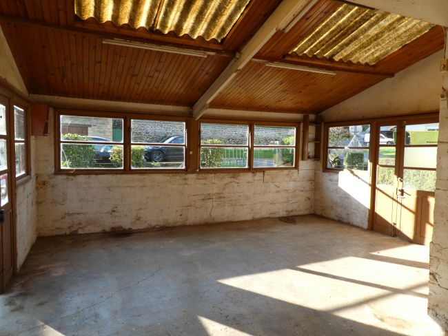 APPARTEMENT de 70 m2 SH avec balcon parking en sous-sol et cave résidence Vassl